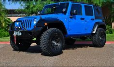 Electric Blue Jeep  Someone get me this!!