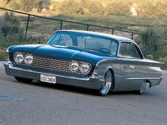 You will ❤ MACHINE Shop Café... ❤ Best of Ford @ MACHINE ❤ (Low 1960 Ford Galaxie Sunliner)