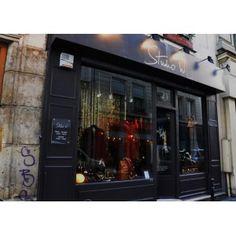 Studio W - Paris 3rd. Vêtements et accessoires vintage