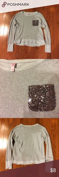 Cute long sleeve This Long sleeve is in perfect condition with a cute sequined pocket! Xhilaration Tops Tees - Long Sleeve