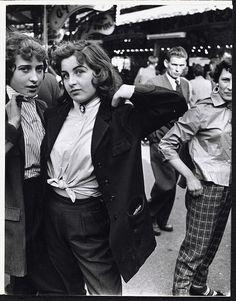 teddy girls, battersea fun fair,roger mayne
