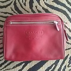 Authentic Coach pouch This coach pouch is in excellent condition on the inside . THE OUTSIDE HAS A LITTLE WEAR BUT POUCH  IS STILL PRETTY MUCH STILL EXCELLENT . Coach Bags Cosmetic Bags & Cases