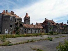Várak – Nagyvázsony és Sümeg | Nőivilág.hu Our World, Hungary, Traveling, Mansions, Country, House Styles, Viajes, Manor Houses, Rural Area