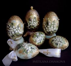 Easter Egg Ceramic Hand Painted Lilies of the valley by LaivaArt