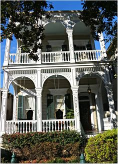 New Orleans Home on St. Charles Ave. Double Gallery