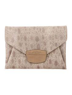 Antigona Envelope Clutch