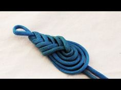 Learn How To Tie A Decorative Paracord Teardrop Knot/Pipa Knot - YouTube