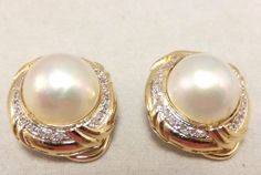 Vintage Mabe Pearl and diamond 14 K yellow gold earrings