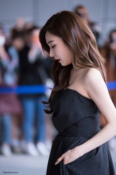 Find images and videos about snsd and tiffany on We Heart It - the app to get lost in what you love. Tiffany Girls, Snsd Tiffany, Tiffany Hwang, Sooyoung, Yoona, Girls' Generation Tiffany, Girls Generation, Yuri, Korean Girl
