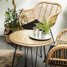 Choices in Outdoor Patio Furniture Sets – Outdoor Patio Decor Iron Patio Furniture, Furniture Design, Furniture Ideas, Garden Furniture, Balcony Chairs, 3 Piece Bistro Set, Aluminum Patio, Outdoor Rooms, Outdoor Areas