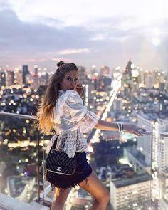 Sheraton Grande Sukhumvit, A Luxury Collection Hotel, Bangkok Las Vegas Outfit, Las Vegas Trip, Vegas Outfits, Combi Jean, Bangkok Photos, One Night In Bangkok, Thailand Vacation, Luxury Collection Hotels, All Of The Lights