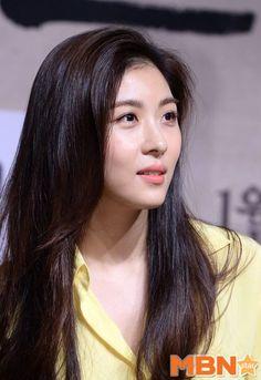 Beautiful Girl Image, Beautiful Asian Women, Korean Actresses, Korean Actors, Empress Ki, Ha Ji Won, Korean Star, Cute Beauty, K Idol