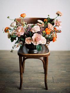 wedding bouquets - photo by Olga Siyanko http://ruffledblog.com/organic-wedding-ideas-inspired-by-the-thorn-birds