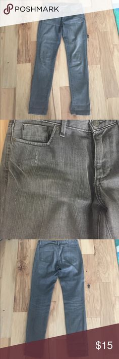 """Banana republic limited edition gray jeans Excellent condition rarely worn. Super cute just don't fit me. The style is in between a skinny jean and straight leg. I wore them rolled up. Have a vintage deconstructed look to them.  16"""" waist. 8.5"""" rise. 32"""" inseam. Banana Republic Jeans Skinny"""