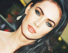 Megan Fox Daily uploaded by jenna on We Heart It Megan Fox Style, Megan Fox Hot, Megan Denise Fox, Maquillaje Megan Fox, Megan Fox Makeup, Youre Like Really Pretty, Photos Free, Dark Brunette, Brunette Color