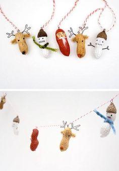 DIY Peanut Christmas Garland or Ornaments Peanuts Christmas, Noel Christmas, Simple Christmas, All Things Christmas, Christmas Mood, Christmas Projects, Holiday Crafts, Holiday Fun, Holiday Decor