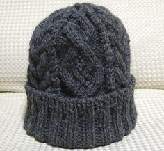 アラン風縄編み帽子
