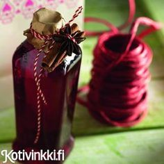 Lingonberry glogg - in Finnish! Diy Christmas Presents, Christmas Punch, Christmas Diy, Merry Christmas, Holiday, Christmas Foods, Xmas, Berry Juice, Swedish Christmas
