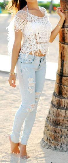 Slashed Denim Skinnies & Lace ♥