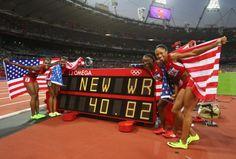 World Record!! US women's 4x100m relay!