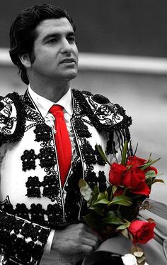 "José Antonio Morante Camacho (October 2, 1979, La Puebla del Río, Sevilla) known artistically as Morante de la Puebla, is a Spanish bullfighter. He dressed in lights for the first time in Villamanrique (Seville) on September 3, 1988; he debuted in Madrid on April 23, 1995 with a steer Pasquau Jiménez, and in Seville debuts April 10, 1996. In 1996 he won the ""Golden Shoe"" Arnedo."