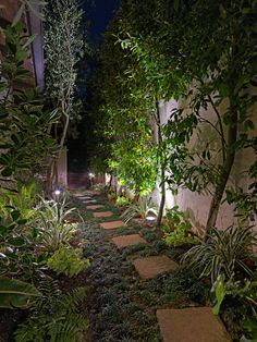 Landscape & Outdoor Lighting Designs For Homes - System Pavers