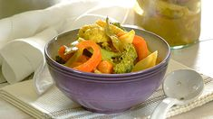 A crunchy, tangy vegetable pickle that uses a wonderful selection of fresh veggies! Romantic Recipes, Romantic Meals, Vegetarian Recipes Dinner, Dinner Recipes, Curry In A Hurry, Spice Things Up, Pickles, Lamb, Spicy