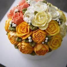 돌케이크:) 첫돌 ----- 아뜰리에 비 / 요즘.. 새로운 동백꽃이 너무 이뻐 보여요~^^ 더 풍성해보이고, 좀.....