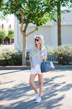 Casual Summer Outfit - Striped Boyfriend shirt, white shorts, and some tennies Summer Outfits Women 20s, Jeans Outfit Summer, Summer Fashion For Teens, Summer Fashion Outfits, Denim Outfit, Skirt Fashion, Spring Summer Fashion, Summer Shorts, Summer Outfits For Work Business