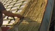 rietdekkersbedrijf MJBron deel 1 thatch roofing - YouTube