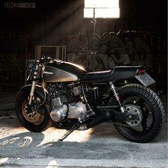 Kawasaki Z1000 by Wrenchmonkees