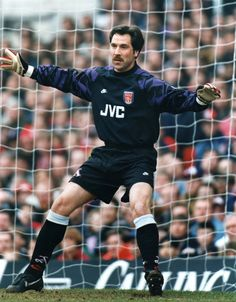 David Seaman of Arsenal in Arsenal Players, Arsenal Football, Arsenal Fc, Football Soccer, David Seaman, Football Accessories, Football Program, European Football, Great Team