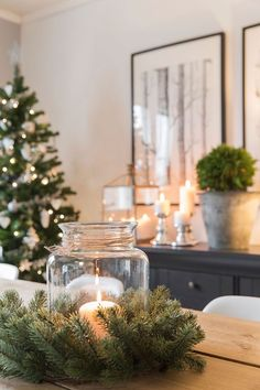 Pretty Christmas Decorations Ideas For Your Apartment Christmas Time Is Here, Noel Christmas, Merry Little Christmas, Rustic Christmas, Simple Christmas, All Things Christmas, Winter Christmas, Modern Christmas, Christmas Gifts