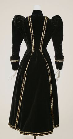 Jacket   Mme. Jeanne Paquin       1890