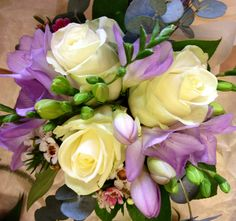 Bridemaids bouquet; White Avalanche, Lilac Freesias
