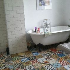 Encaustic Tiles Patchwork in Bathroom