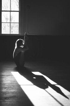 Urdhva Mukha Paschimottanasana. Black and white yoga photography by Cara Brostrom.