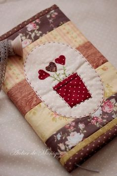 Art and Craft Ideas Fabric Art, Fabric Crafts, Sewing Crafts, Sewing Projects, Small Quilts, Mini Quilts, Fabric Book Covers, Diary Covers, Notebook Covers