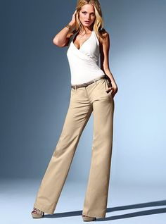I love this very casual business outfit. I would love to have this in my closet!