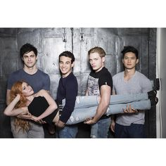 """Too cute! #Shadowhunters"""