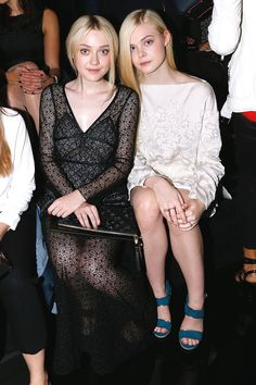 The angelic beauty of Dakota and Elle Fanning.