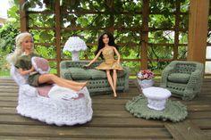 Crochet Fashion Doll Garden Furniture Set by MCraftCreations www.etsy.com