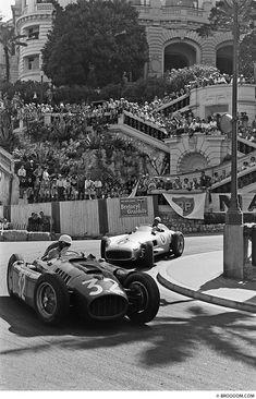 pinterest.com/fra411 #vintage #formula1 - 1955, Monaco Grand Prix, Chiron / Ferrari & Moss / Mercedes