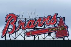 – Tour Turner Field – Visit Atlanta Braves Museum and Hall of Fame! Baseball Playoffs, Braves Baseball, Tigers Baseball, Football, Atlanta Braves, Atlanta Baseball, Baseball Records, Baseball Stuff, Baseball Photos