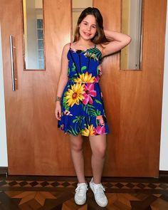 Young Girl Fashion, Little Girl Fashion, Kids Fashion, Kids Outfits Girls, Girl Outfits, Gucci Outfits, Cute Girl Photo, Millie Bobby Brown, Pretty People