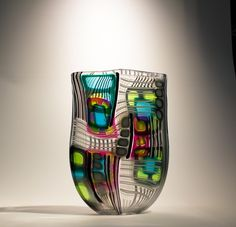 A glass master. May be too busy for a vase I'd love, but I admired his artistry in creating all the patterns. Glass Vessel, Mosaic Glass, Fused Glass, Stained Glass, Blown Glass Art, Art Of Glass, My Glass, Glass Collection, Glass Design