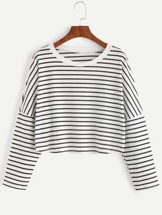 Camiseta corta a rayas con hombro caído