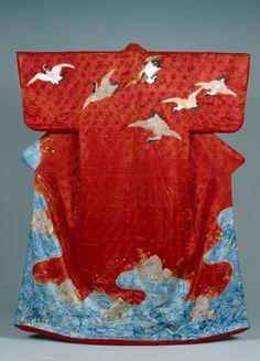 Such a beautiful kimono..............................