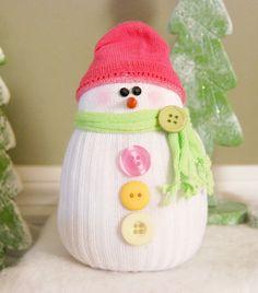 snow, snowmen, snowman, kids crafts, crafting, diy, handmade, homemade, socks, sock crafts, winter, stuffed
