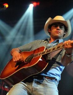 Aaron Watson is my favorite Texas Country artist! Such a wonderful man dedicated to Christ and his family and the music he loves